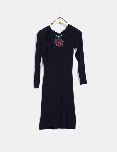 Vestido tricot negro con print