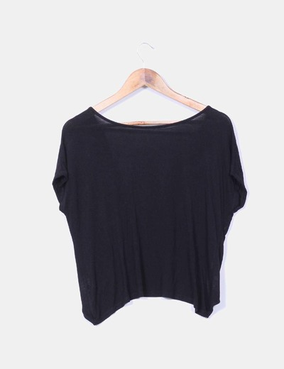 Blusa negra escote en espalda