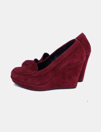 Zapato con cuña color burdeos de ante 220V