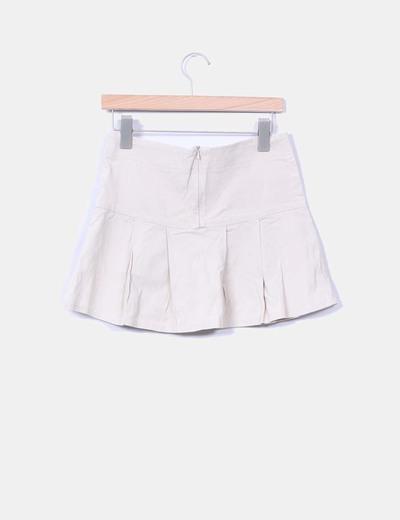 Falda beige elastica de tablas