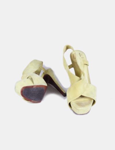 Sandalias serraje amarillo