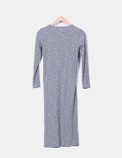 Vestido de punto gris jaspeado detalle abertura