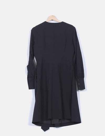 Vestido negro escote cruzado manga larga