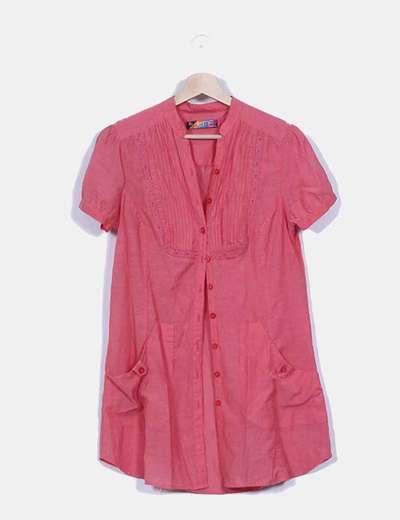Vestido camisero coral con bordados Zara