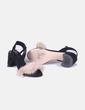 Sandalia de tacón negra pelo nude Zara