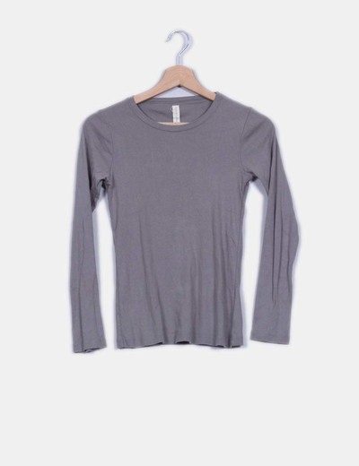 Camiseta básica gris  Zara