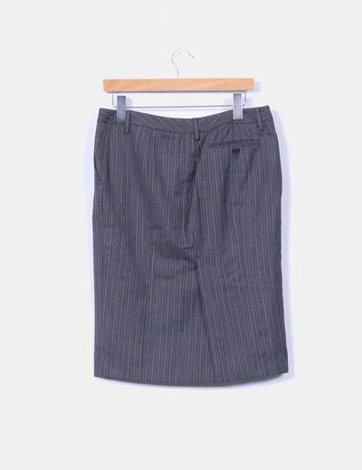 Falda midi gris con rayas