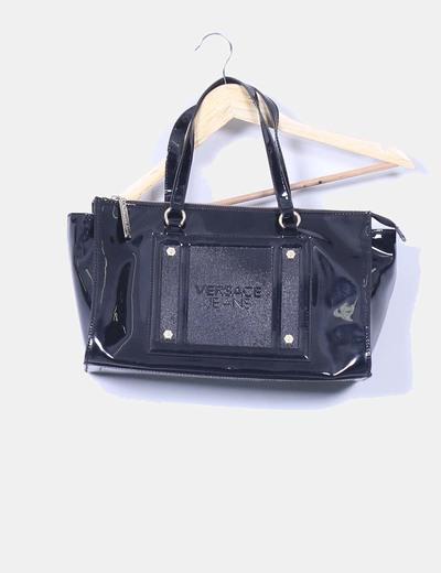 Bolso negro acharolada Versace