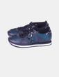 Chaussures bleues de sport et negrascombinadas Munich