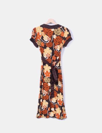 Vestido floral escote cruzado raso
