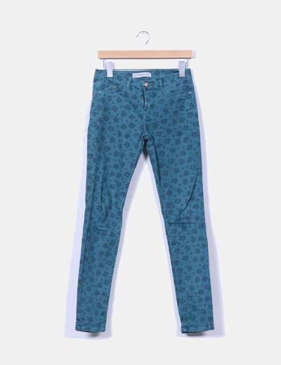Pantalón verde floreado Zara