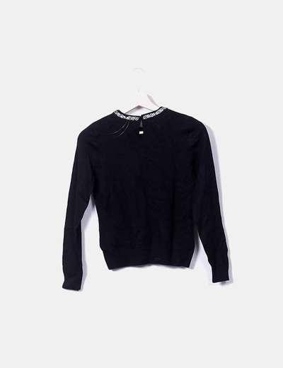 Jersey negro cuello strass