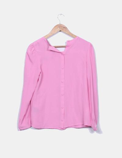 Blusa rosa con chorrera