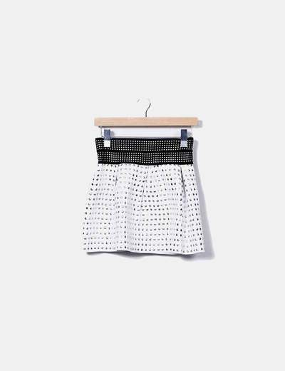 Mini falda con tachas