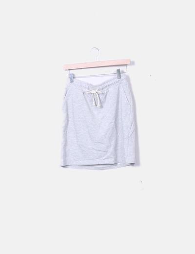 Falda deportiva gris