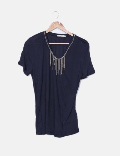 Blusa negra manga corta detalle cadenas Zara