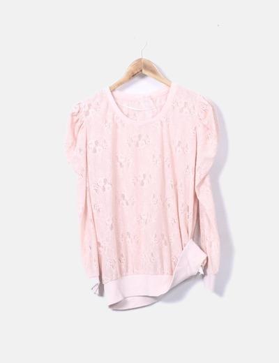Camiseta rosa encaje