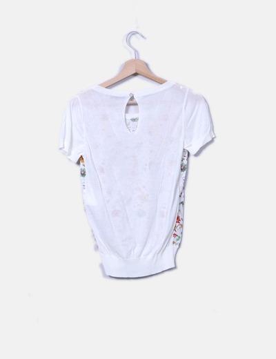 Camiseta de punto beige floral