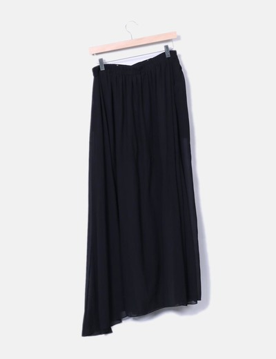 Falda larga semitransparente