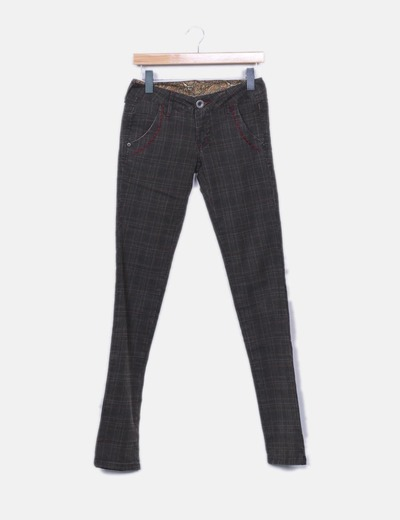 Pantalon marron cuadros Sabbath