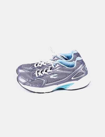 Sneaker bicolor con cordones