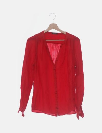 Camisa fluida roja satén