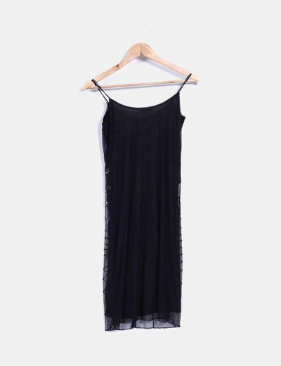 Vestido negro de tul con pedreria