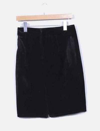 Falda negra de terciopelo