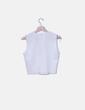 Camiseta blanca escote pico Zara