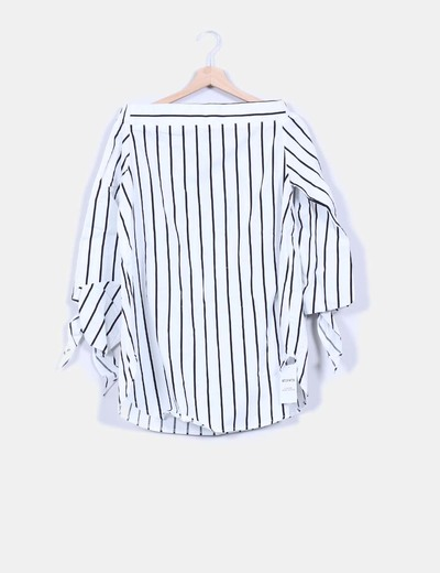 Blusa de rayas black and white