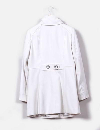 Abrigo blanco de pano