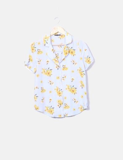 Camisa azul celeste estampado floral