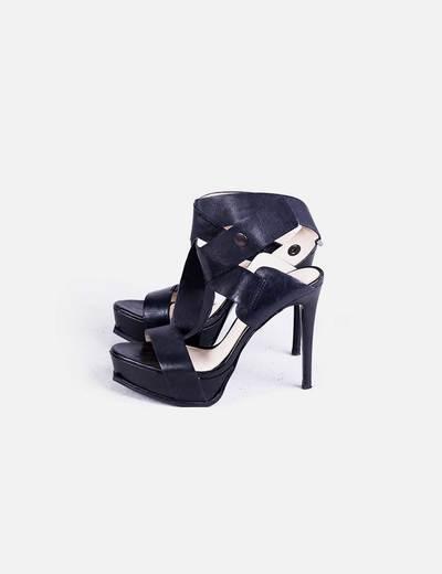 Sandalia tacón negra tiras Zara