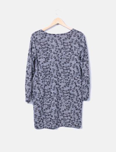 Vestido midi tricot gris estampado corazones