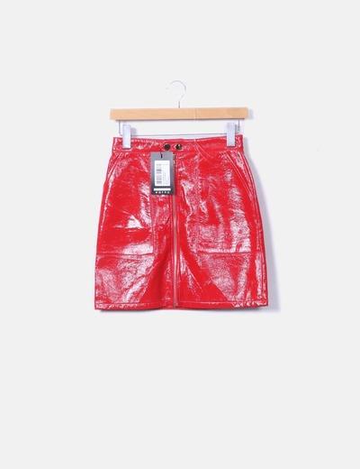 Mini falda charol rojo