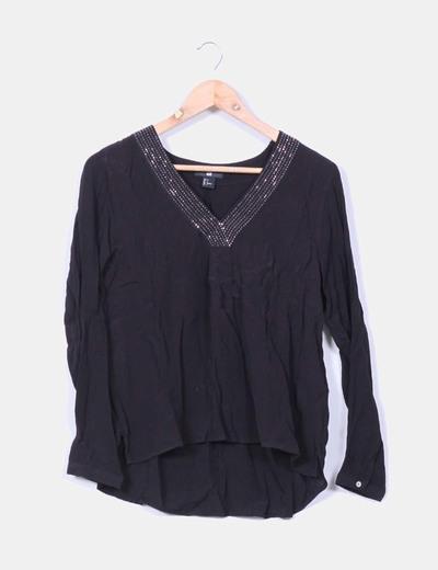 Blusa negra con strass H&M
