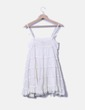 Vestido tirantes blanco combinado con crochet Zara