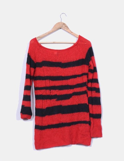 Jersey rojo y negro de rayas