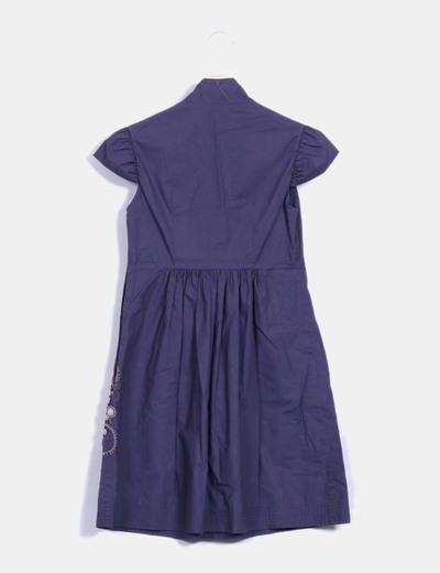 Vestido azul marino con pedreria