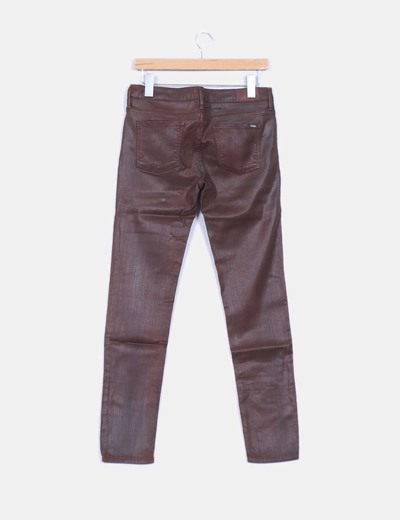 Pantalon denim marron efecto envejecido