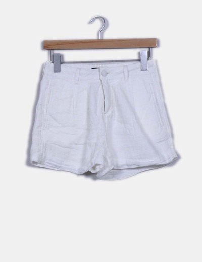 Short blanco tiro alto