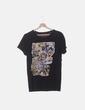 Camiseta gris oscura print cómic NoName