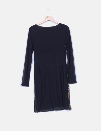 Vestido elastico negro estampado