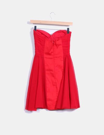 Vestido rojo de gasa palabra de honor