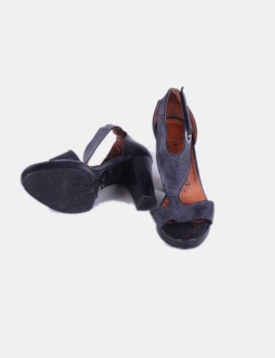 Sandalia azul oscura tacon grueso