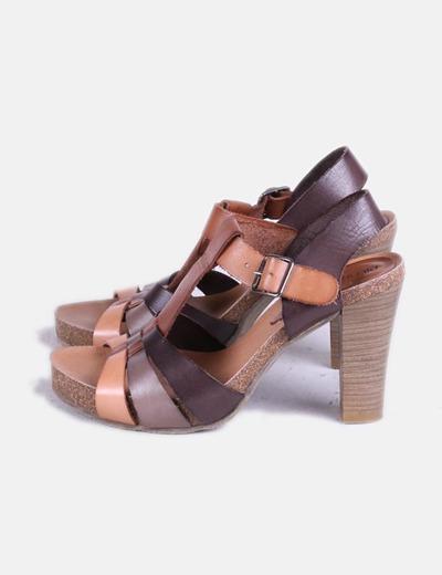 Sandales plate marron -forme Pilar Monet