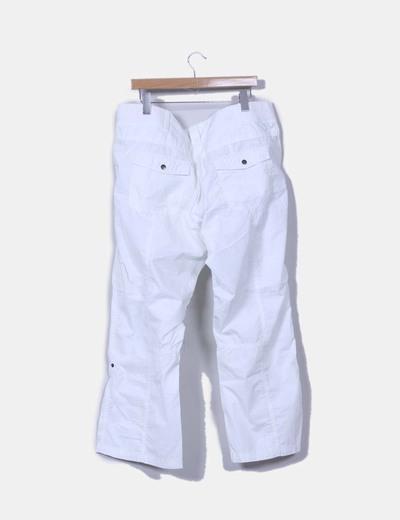 Pantalon blanco detalle bolsillos