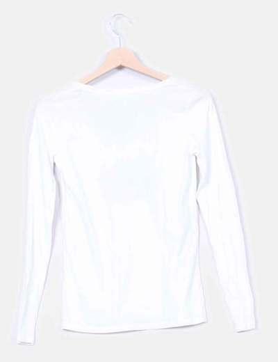 Camiseta blanca bandera