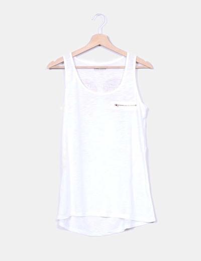 T-shirt blanc à bretelles avec ailes avec pointes sur le dos MJA