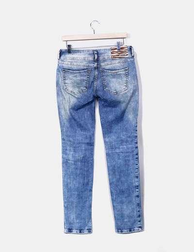 Jeans vaquero con pailettes